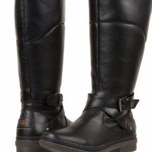 UGG Evanna Boots